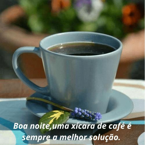 Boa noite com café bonito