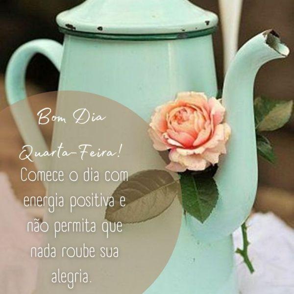 bule e flores para um boa dia quarta feira