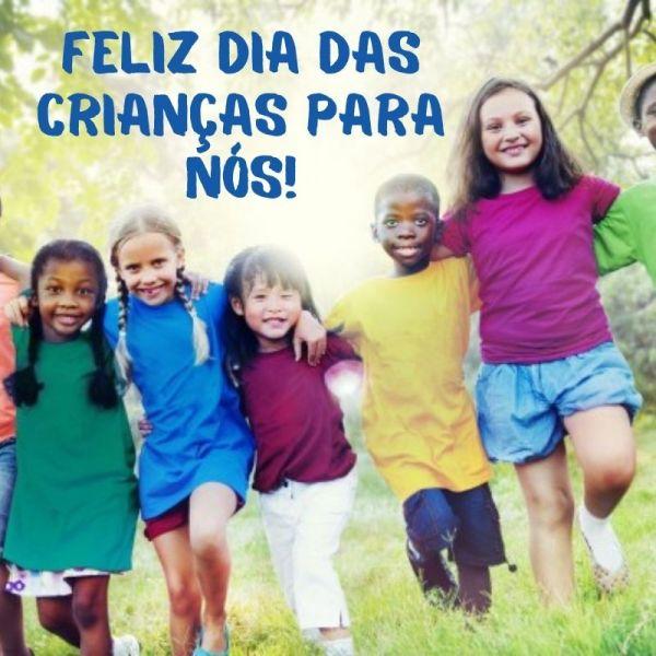 abraçando dia das crianças