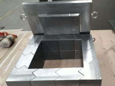 Montaje ladrillos de plomos con tapa para laboratorio