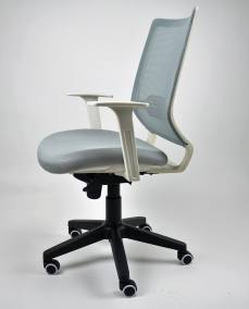 Silla-M18-DSC_0033  - Mobiliario de Oficina