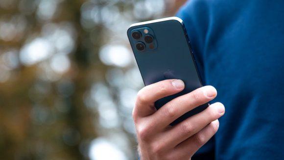 Alguns apps para iPhone estão rastreando usuários sem permissão – Tecnoblog