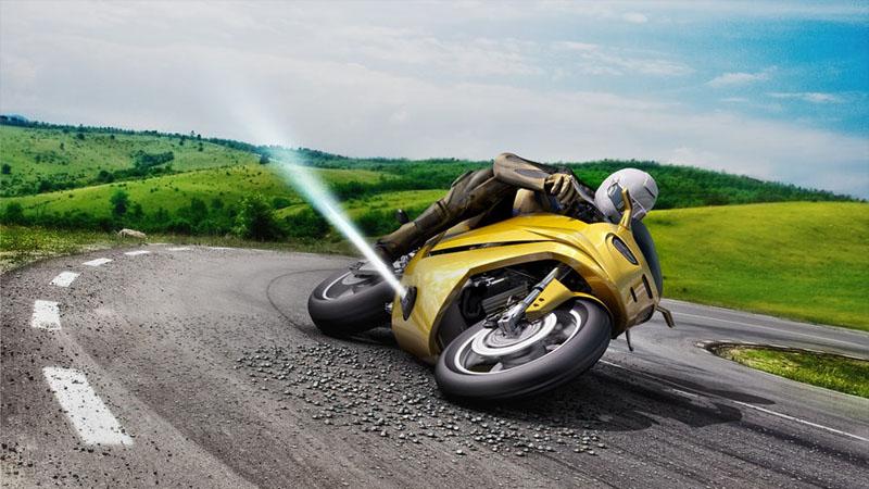 Bosch planeja usar propulsores laterais para evitar acidentes com moto