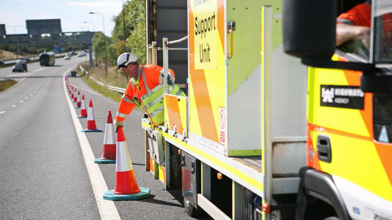 Cones robóticos são desenvolvidos pra ajudar a melhorar o trânsito nas estradas