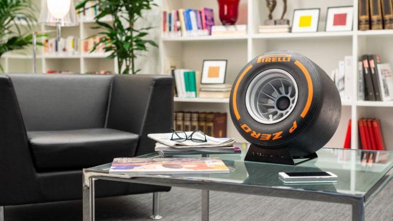 Pirelli lança no mercado alto-falante bluetooth em forma de pneu
