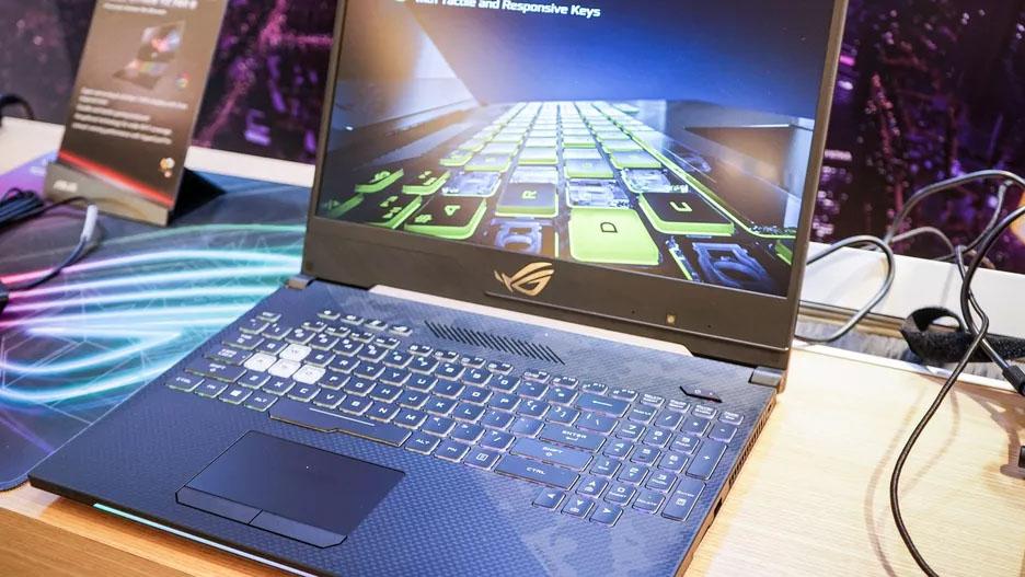 ROG Strix SCAR II - Notebook de 17 polegadas superfino da Asus