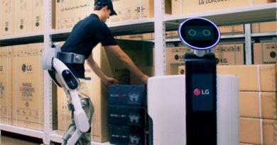 CLOi SuitBot - Exoesqueleto da LG construído pra ajudar nas tarefas pesadas do trabalho
