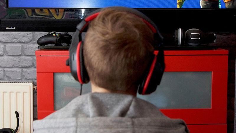 Garoto se decapita após perder num jogo online