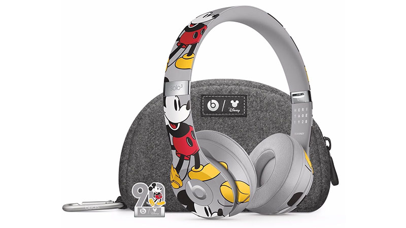 Apple lança fones de ouvido com tema Mickey Mouse