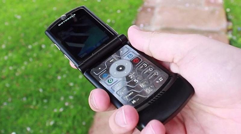 Motorola Razr pode retornar como um smartphone dobrável de US$ 1.500