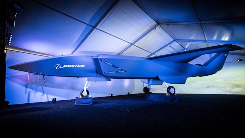 Jato de combate autônomo da Boeing deverá ser lançado em 2020