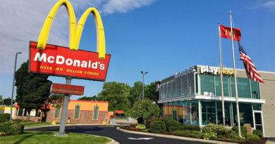 McDonald's vai usar IA para otimizar exibições dos menus de painéis drive-thru