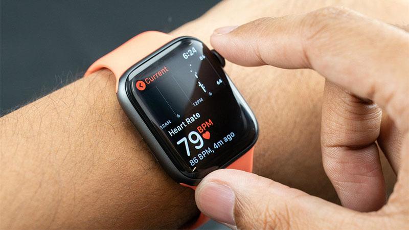 Apple Watch salva a vida de homem depois de detectar alterações na  frequência cardíaca   TecnoGames Brasil