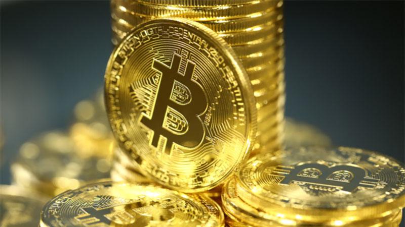 Bitcoin rompe a barreira dos 50 mil reais e pode chegar a 100 mil
