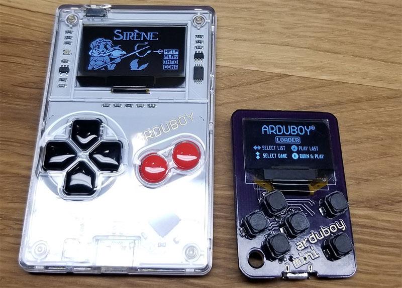 Arduboy Mini é menor que um cartão de crédito e ainda tem cerca de 100 jogos