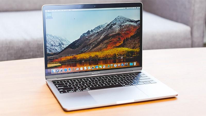 MacBook Pro de 16 polegadas pode chegar em outubro custando 3 mil dólares