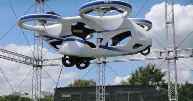 Teste de carro voador é realizado com sucesso no Japão