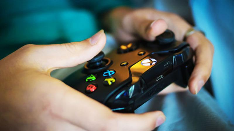 Microsoft confirma que controles do Xbox One funcionarão no Xbox Scarlett