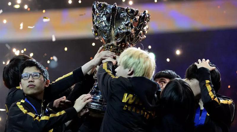 FunPlus Phoenix - Mundial League of Legends