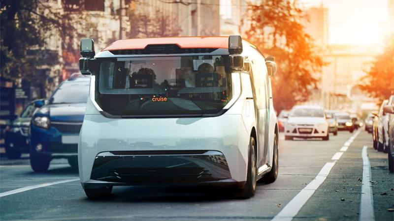 GM lança carro autônomo de viagens compartilhadas