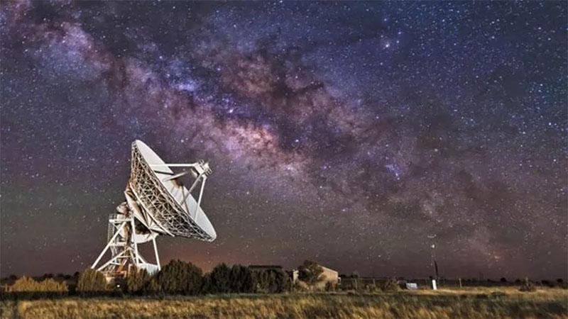 Pesquisadores pretende usar IA para encontrar vida extraterrestre