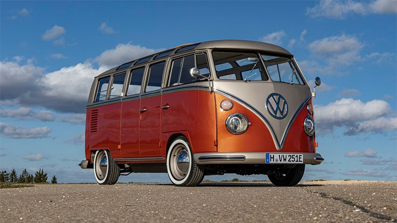 Volkswagen lança Kombi elétrica com design espetacular
