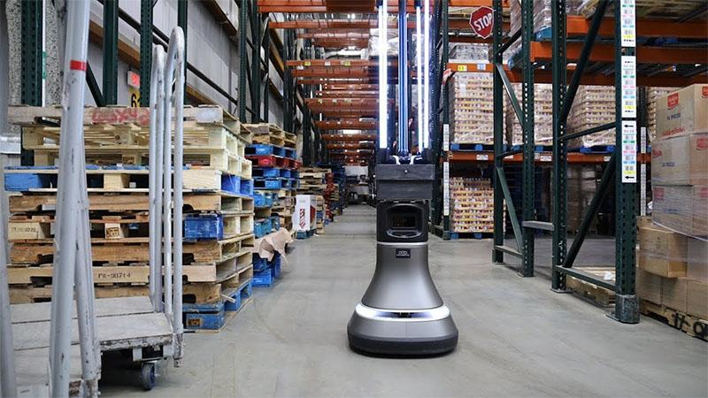 Pesquisadores desenvolvem robô que desinfeta qualquer espaço compartilhado