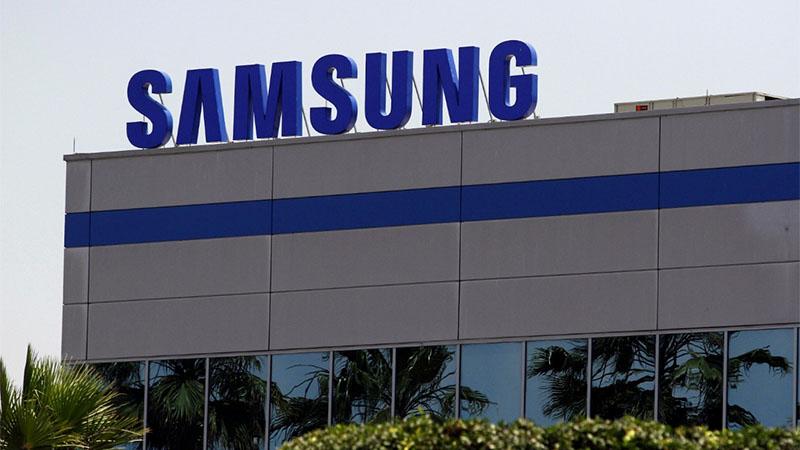 Samsung deve começar a vender Smartphones sem carregador