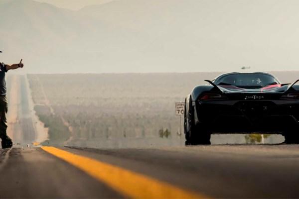 SSC TUATARA bate velocidade de 532 km/h e se torna o carro de produção mais rápido do planeta
