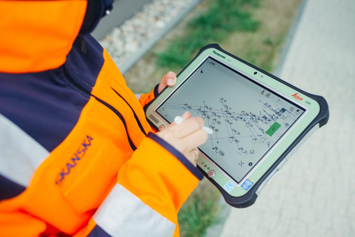 I Toughpad FZ-G1 Panasonic in dotazione agli operai edili di Skanska