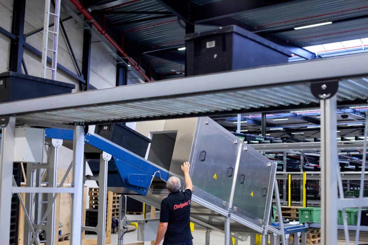 Logistica più precisa e veloce con il Tunnel RFID di Checkpoint Systems