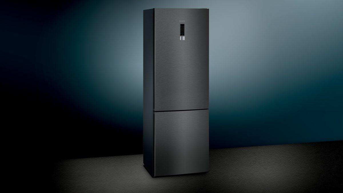 Frigoriferi blackSteel: il design abbraccia la tecnologia con Siemens
