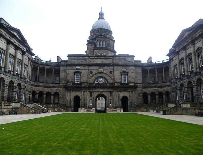 HPE alimenta il Data Facility dell'Università di Edimburgo con Software, HPC e soluzioni AI