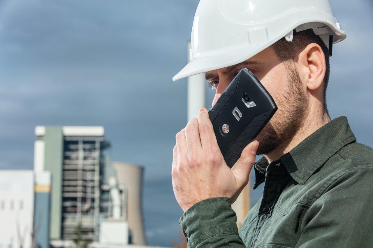 Crosscall trasforma gli smartphone in walkie-talkie con la sua nuova app X-TALK