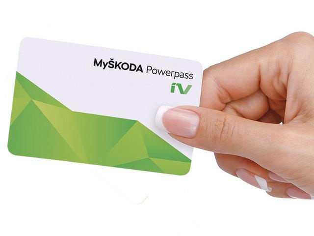 E-mobility: ŠKODA, una card unica per ricaricare in tutta Europa