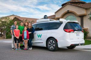 Waymo está probando su servicio de taxi autónomos en Phoenix