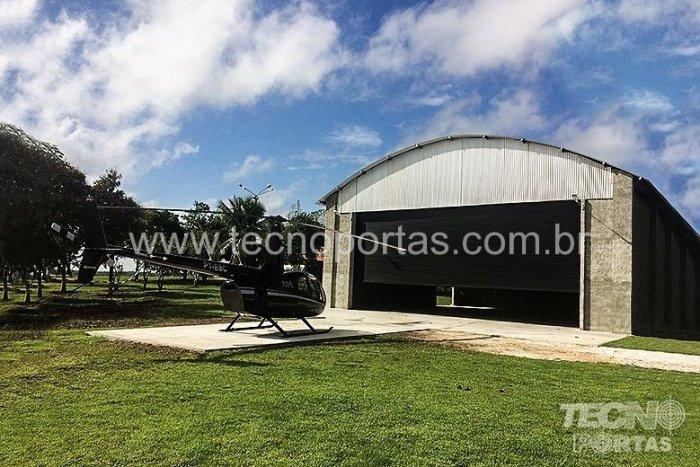 porta-de-enrolar-para-hangar-industrial-comercial-tecnoportas