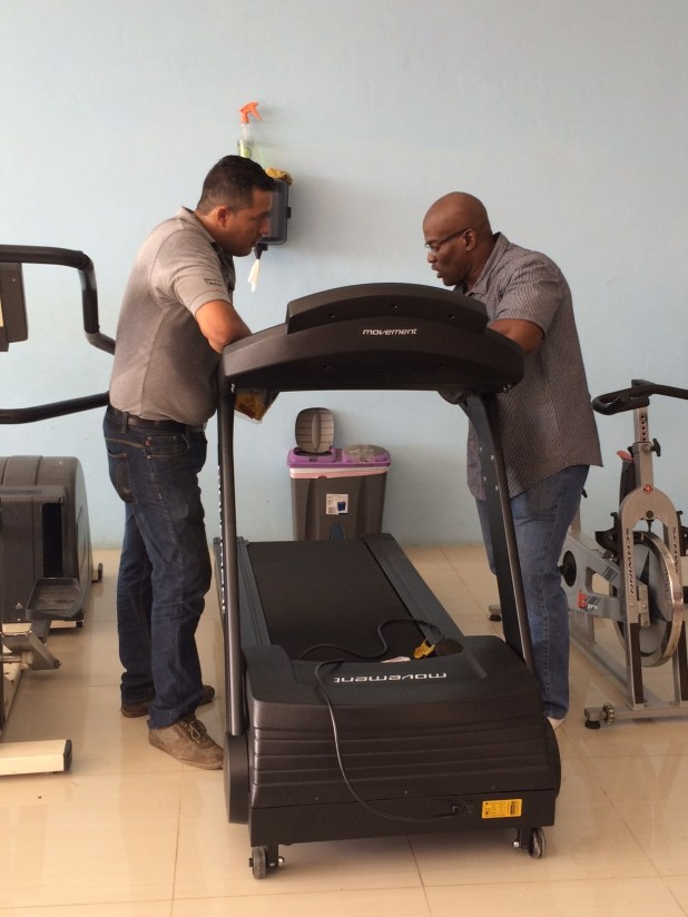 Manolo Monroy (TECNOSPORTS) and Yunard Nay Philips (LIFELINE FITNESS Curacao). Fitness Equipment supplier TECNOSPORTS