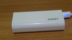 batteria esterna aukey_design (1)