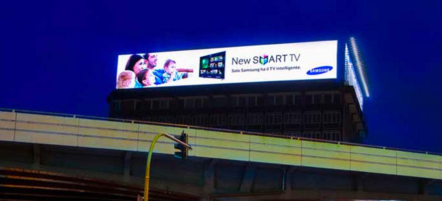 Ledwall outdoor maxischermo su tetto billboard digital