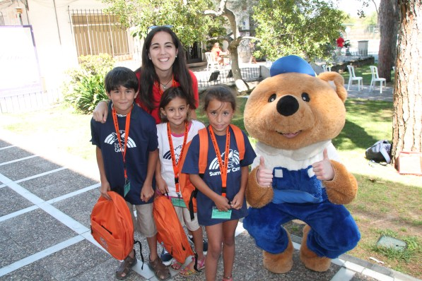 TECS campers posing with the bear