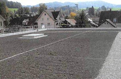 Mehrzweckanlage mit Tiefgarage in Bäretswil