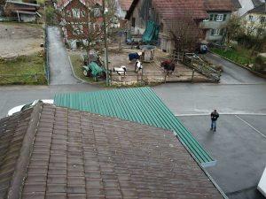 s'Drooni unterwegs im 2017 über Brislach (BL)