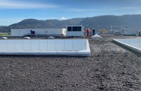 Klimagerät auf Dachanlage