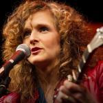 Abigail Washburn: Building US-China relations … by banjo