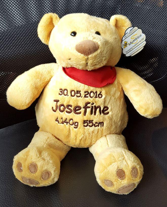 Teddy mit Namen und Geburtsdaten