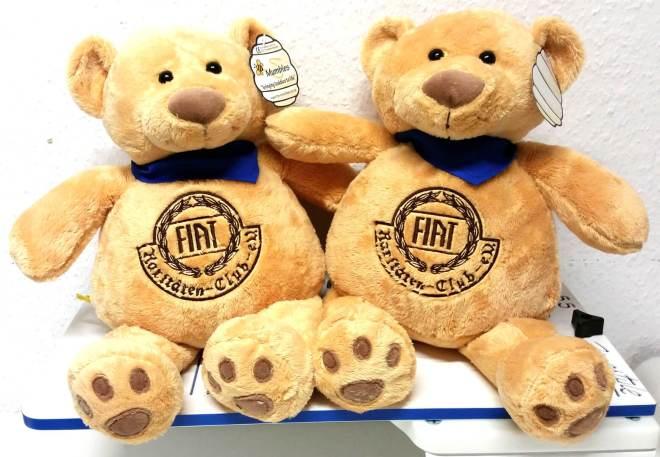 Teddys mit Fiat Rariäten Club Logo