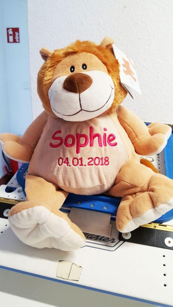 Plüschtier Löwe mit Namen und Geburtsdatum