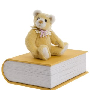 Charlie Bears Library Book Pawsome