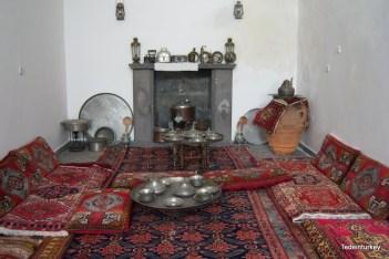 Tradicionális konyha és étkező